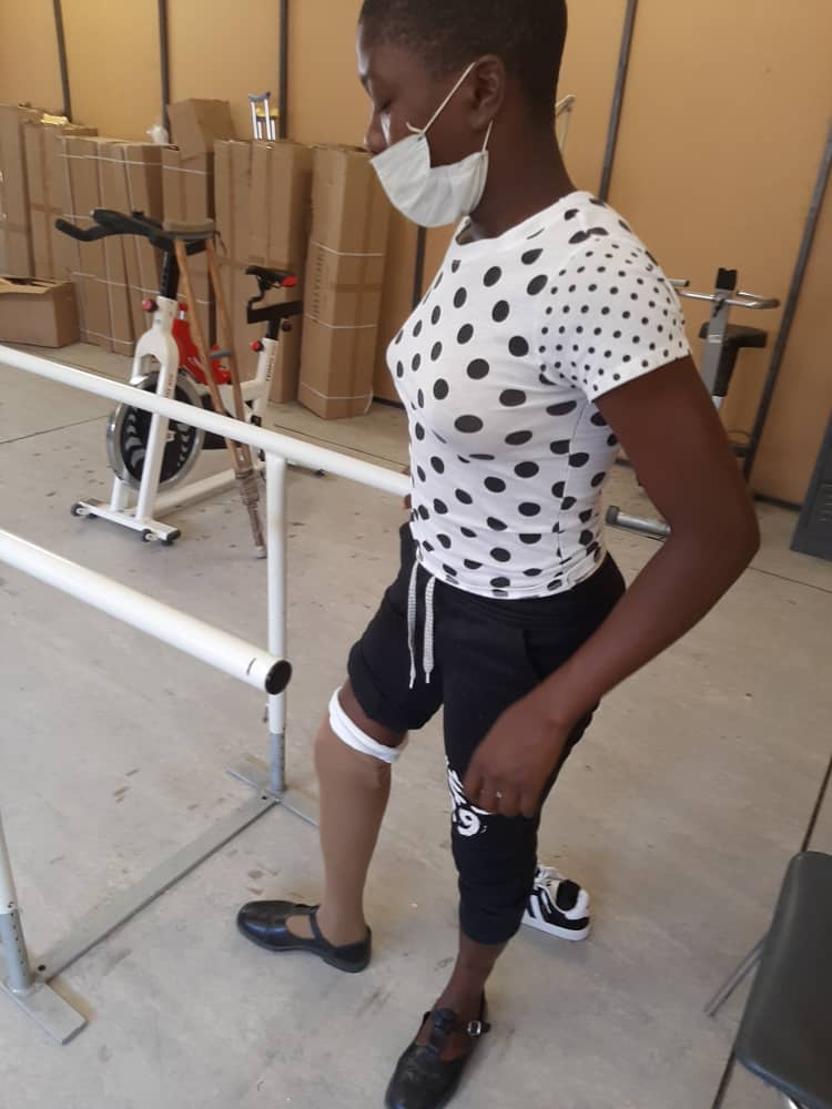 Councillor secures artificial leg for young girl
