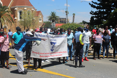 Pressure mounts on Shoprite… overwhelming show of solidarity with striking workers