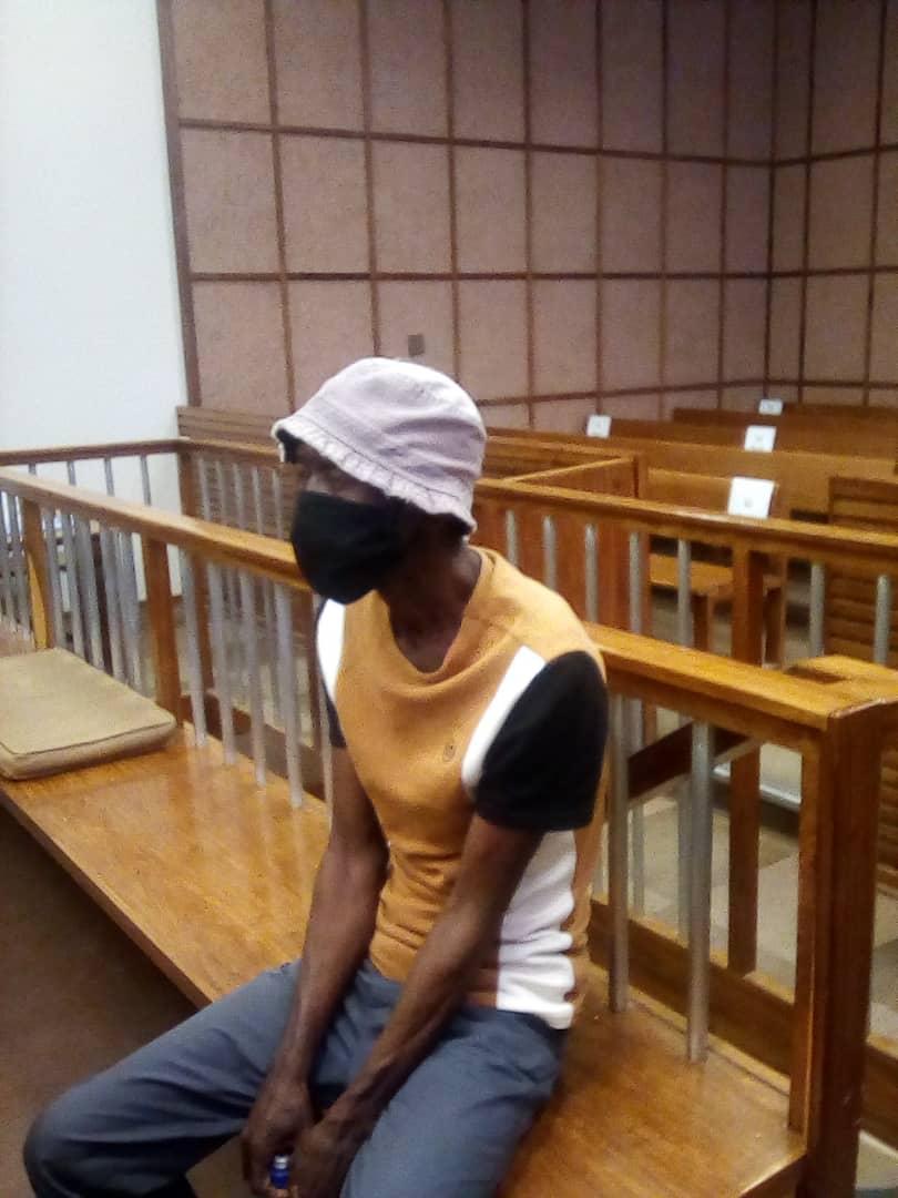 DNA analysis delays murder trial