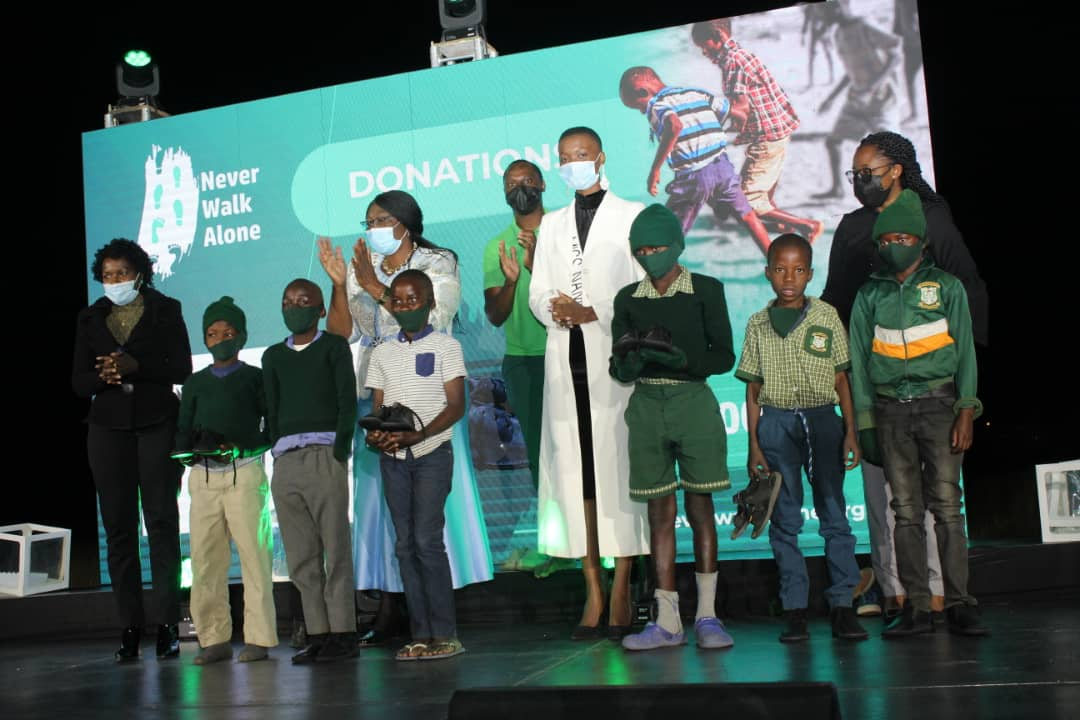 Ekandjo launches shoe project for learners