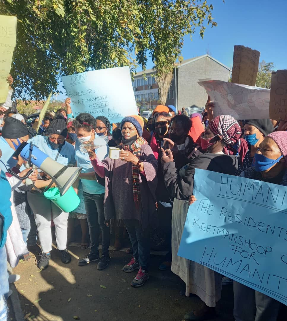 Keetmans residents rage over water cuts